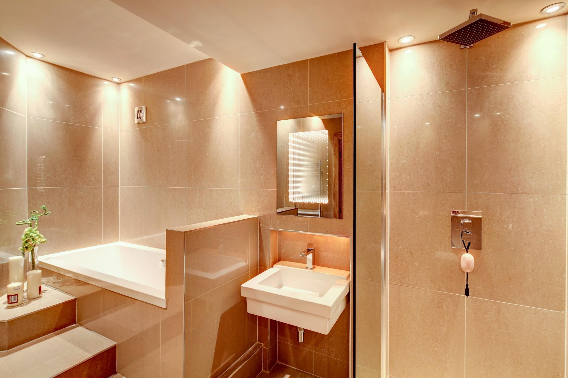 luxury bathroom, whirlpool inset bath, wet room, fern hill nottingham