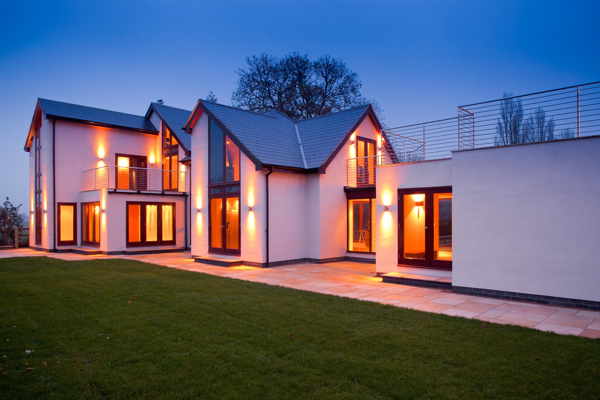 fernhill nottingham, white contemporary house, bespoke home, nottingham