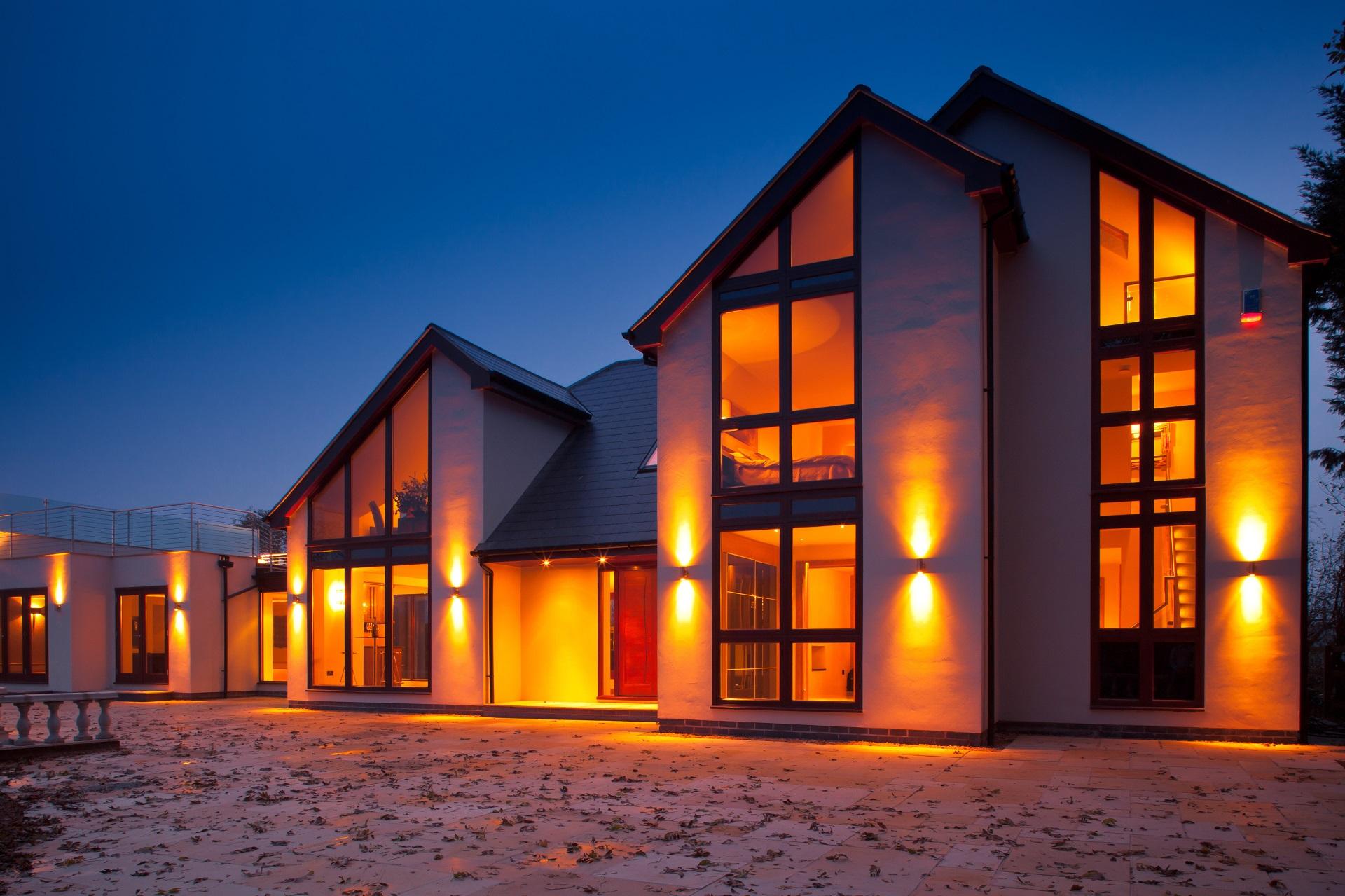 nottingham luxury home, fern hill nottingham, outdoor lighting
