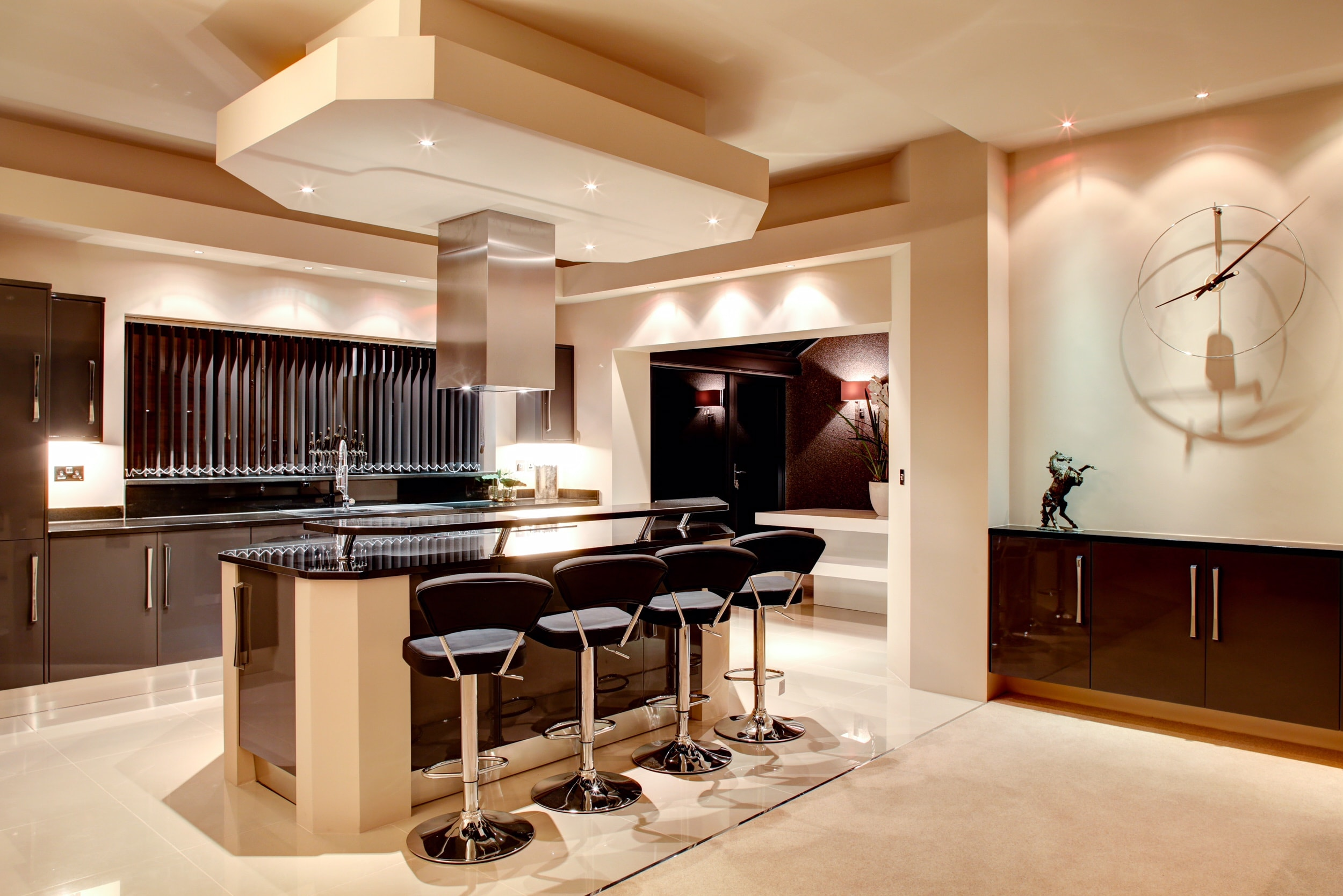 Designer kitchen in Nottingham luxury homes developement by Guy Phoenix