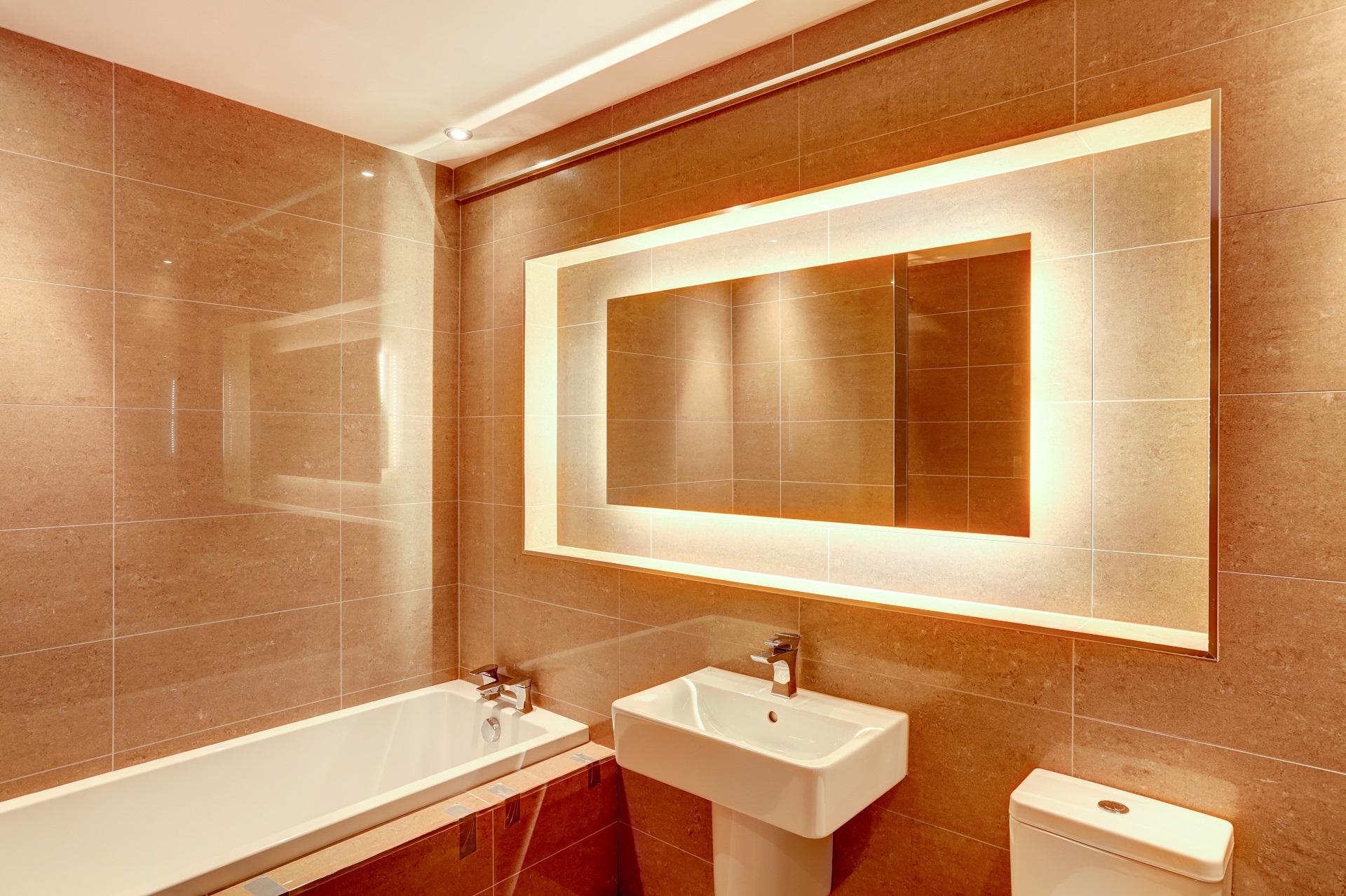illuminated bathroom mirror, the crescent, nottingham