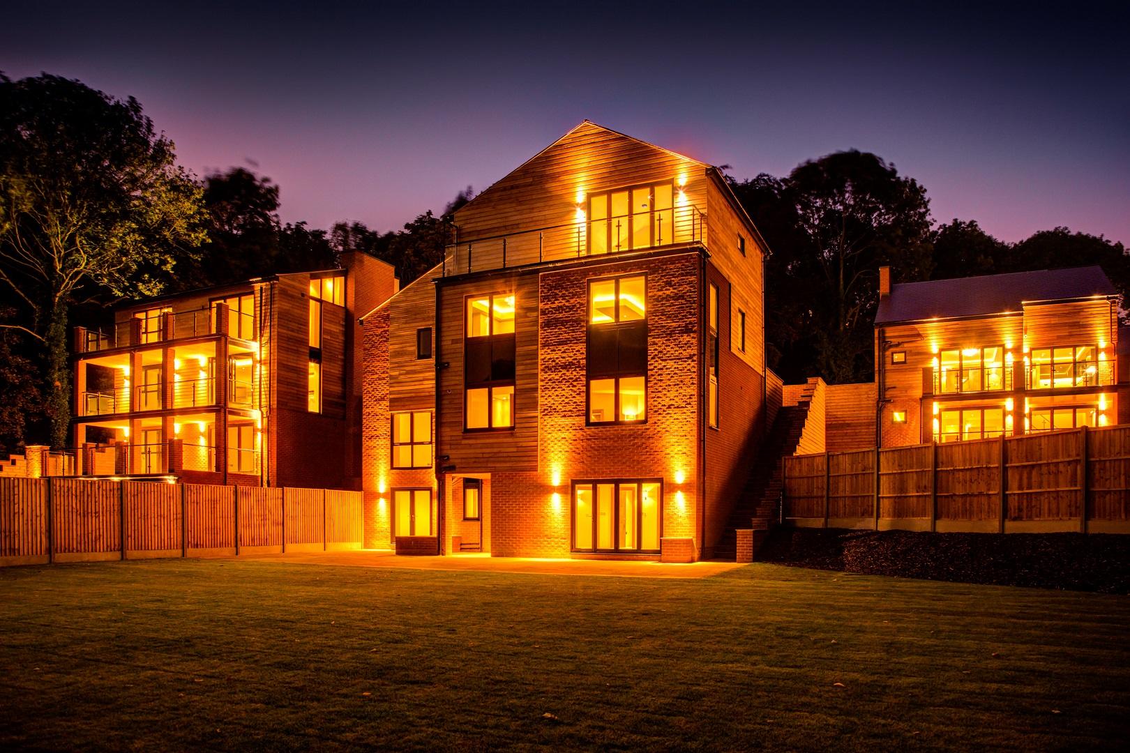 luxury housing development, nottingham, The Crescent, outdoor lighting