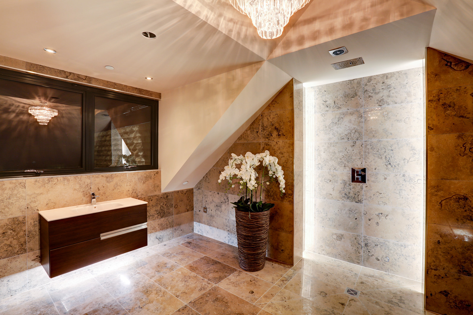 Shower room in marble, Tanglewood, Colston Bassett by Guy Phoenix