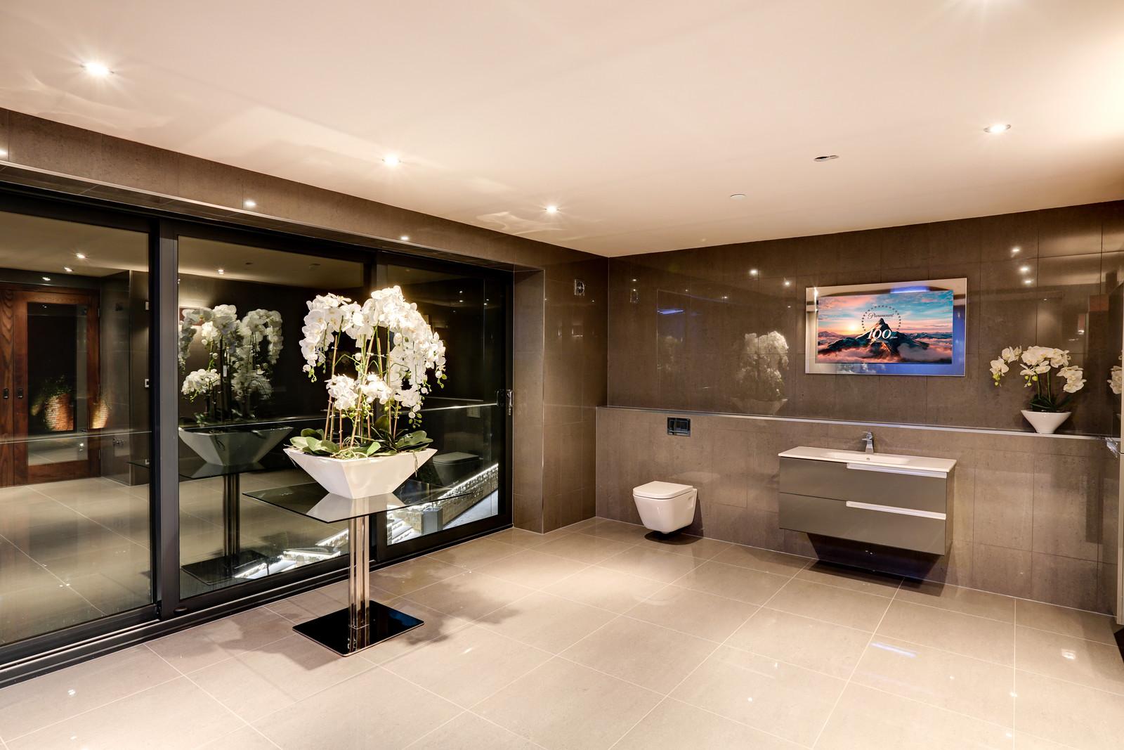 Designer bathroom, Tanglewood Colston Bassett, Nottinghamshire