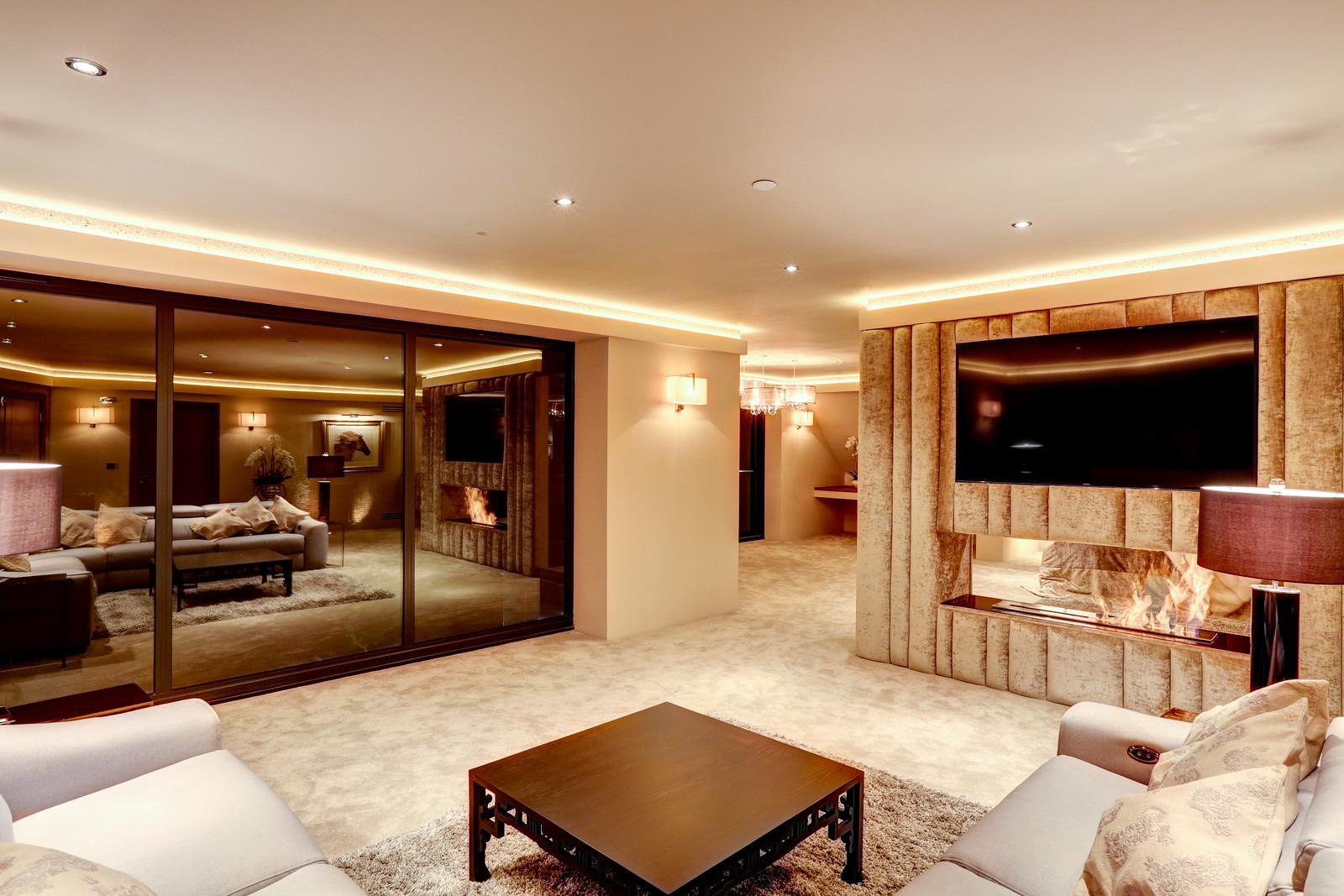 Master suite, Tanglewood, Colston Bassett Luxury home by Guy Phoenix
