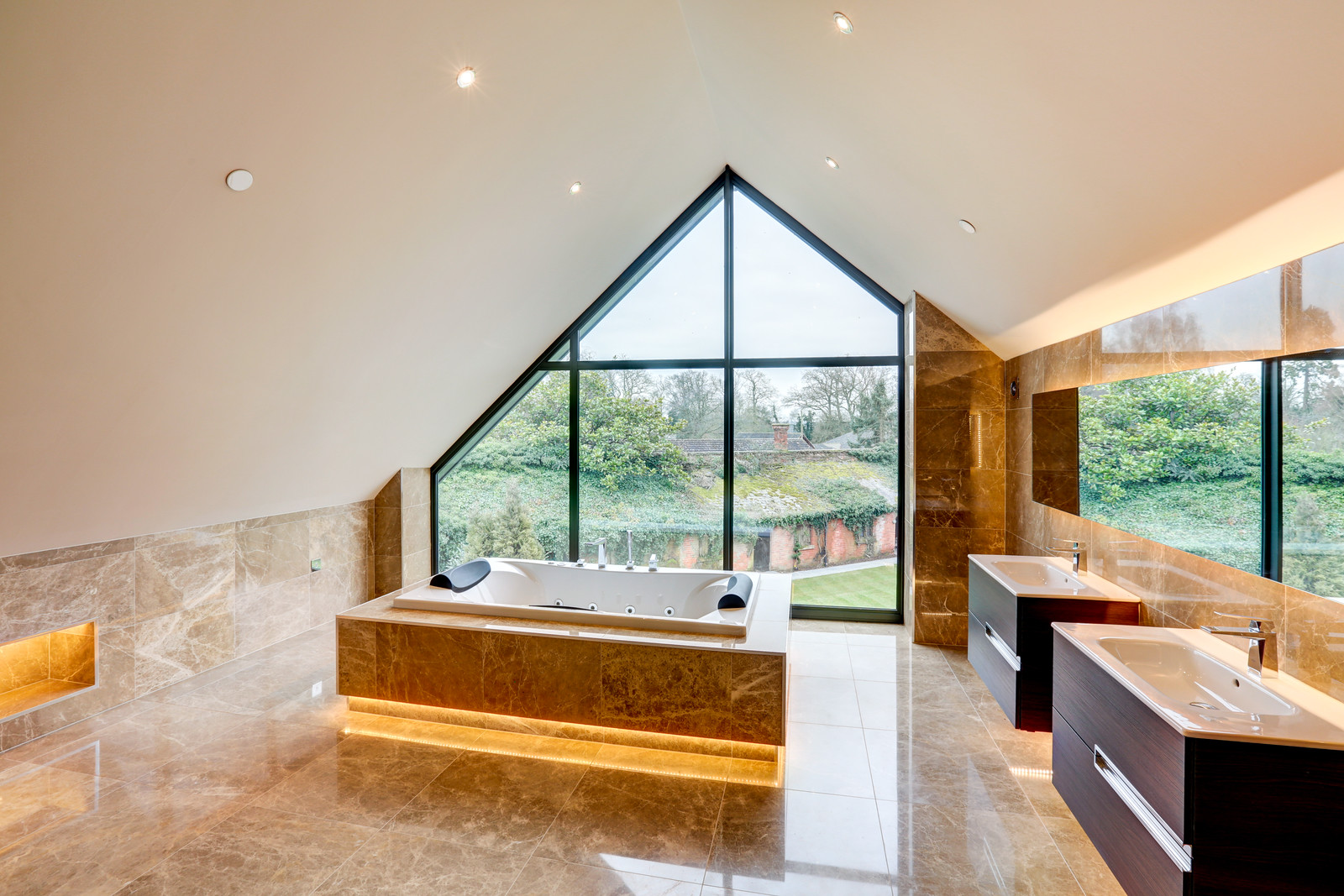 Marble bathroom, inset bath, Luxury home, Tanglewood in Colston Bassett, Nottingham