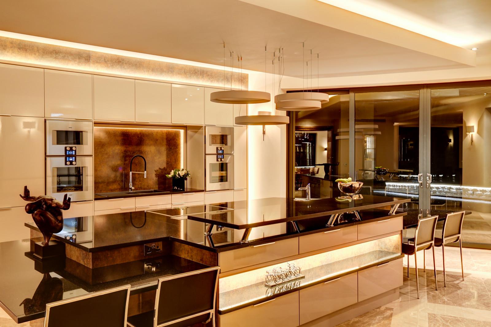 Designer kitchen, Tanglewood, Colston Bassett by Guy Phoenix