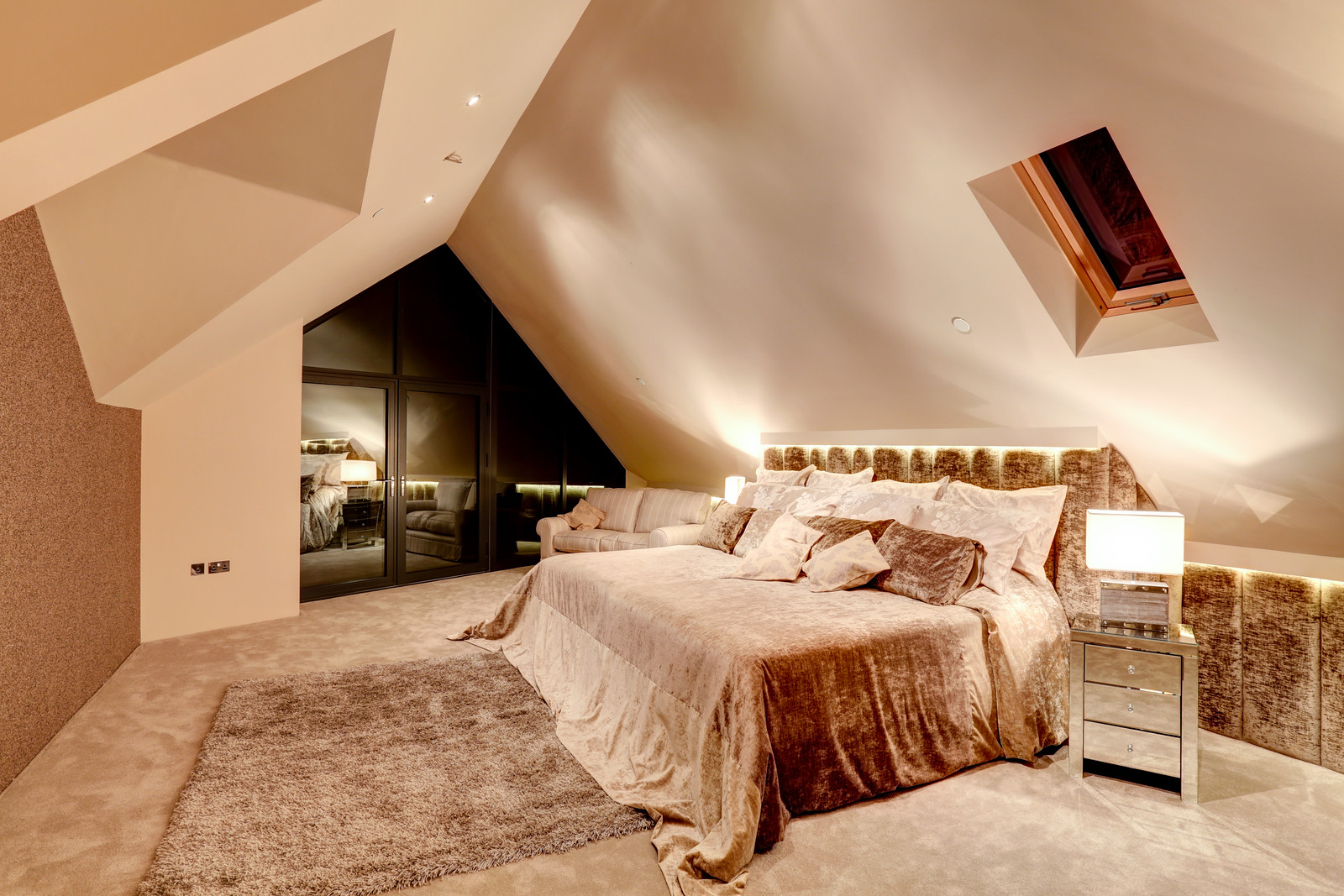 Luxurious bedroom, Tanglewood Nottimghamshire. Luxury home by Guy Phoenix